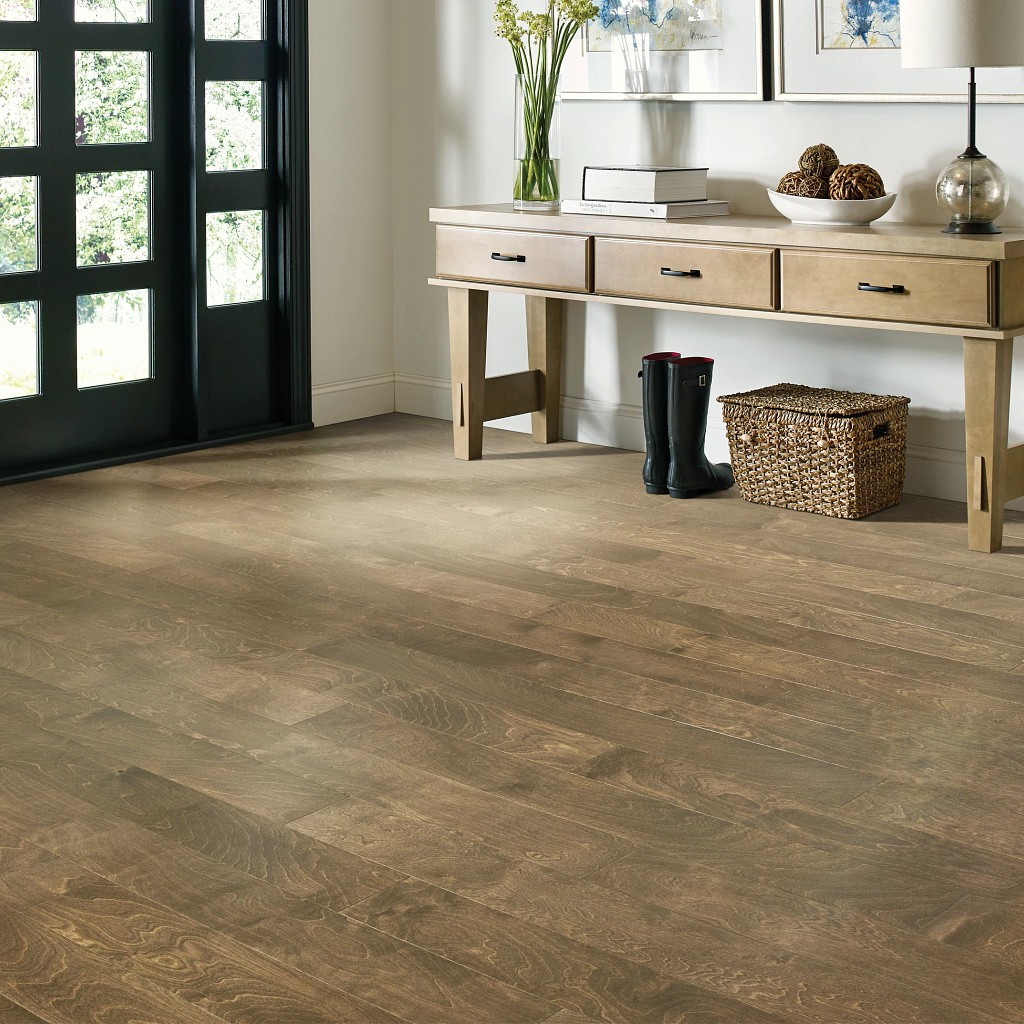 Wood Looks for a Traditional Feel | Andy's 5 Star Flooring